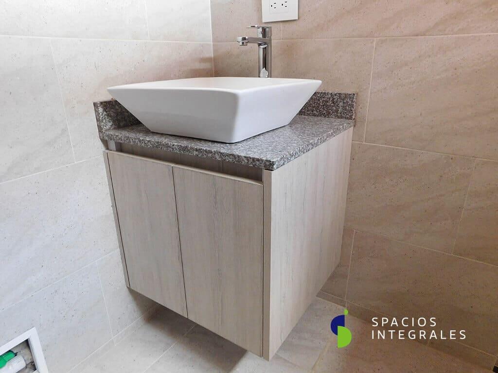 Muebles para ba o en madera mes n en granito dekton for Muebles para lavamanos modernos