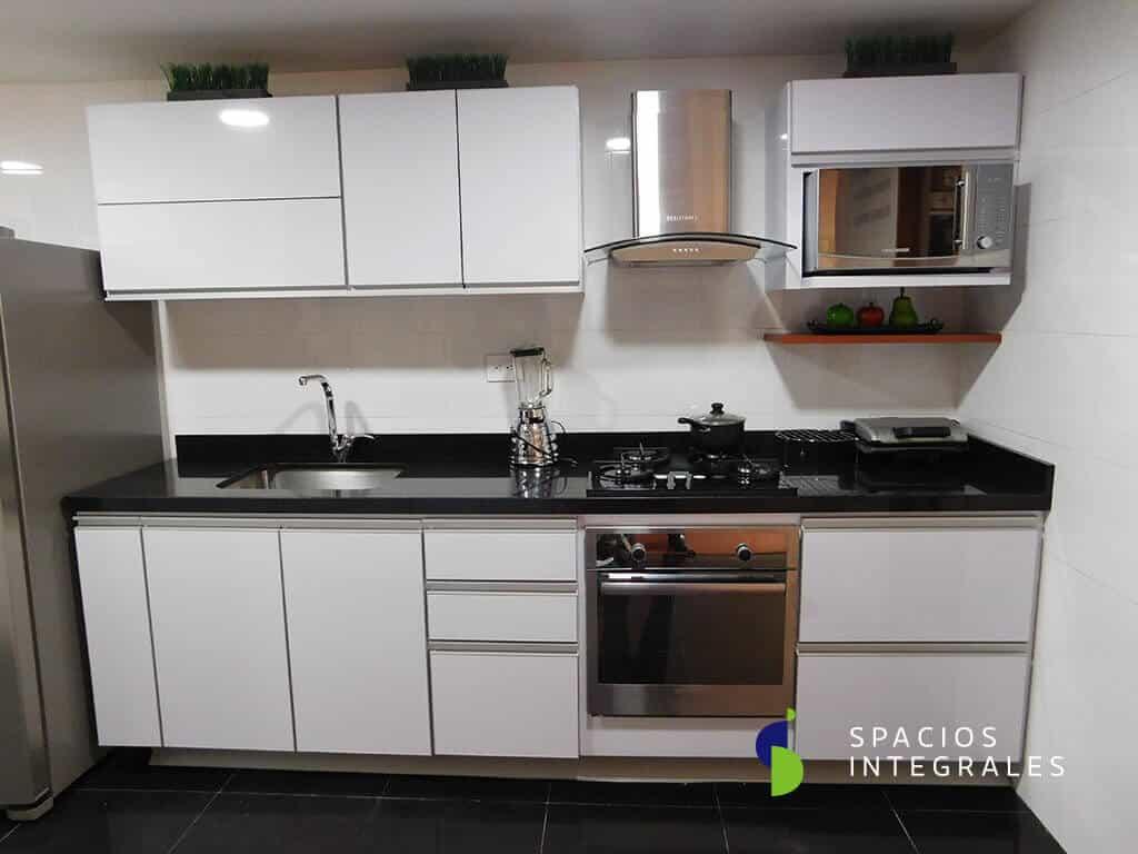 L nea alto brillo cocinas integrales en acr lico italiano - Exposicion de cocinas modernas ...