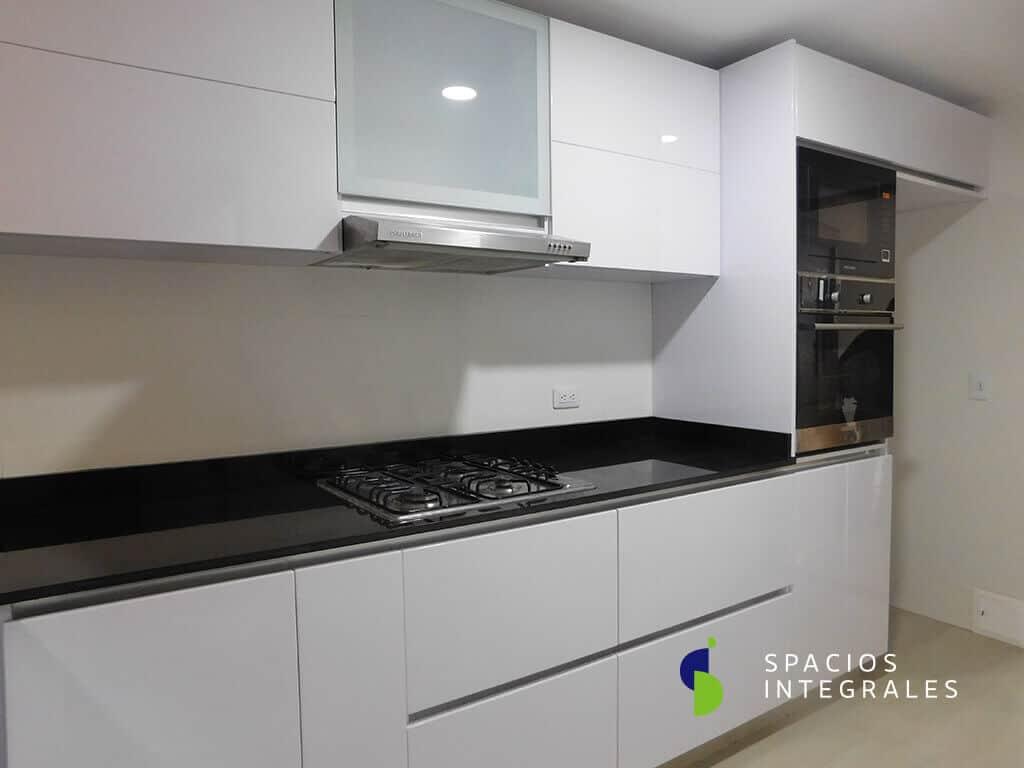 L nea poliuretano cocinas integrales en poliuretano con for Precios de cocinas modernas
