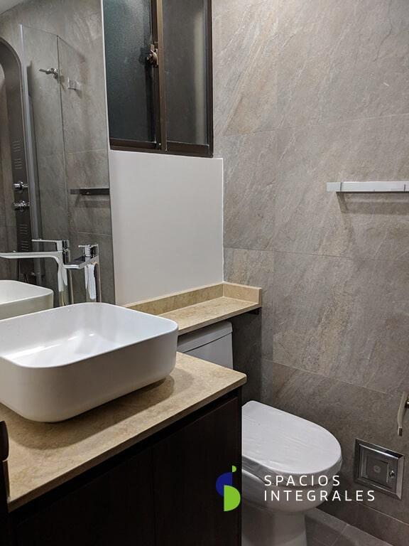 ✅ Mueble de baño moderno y funcional con flotante y mesón en mármol.
