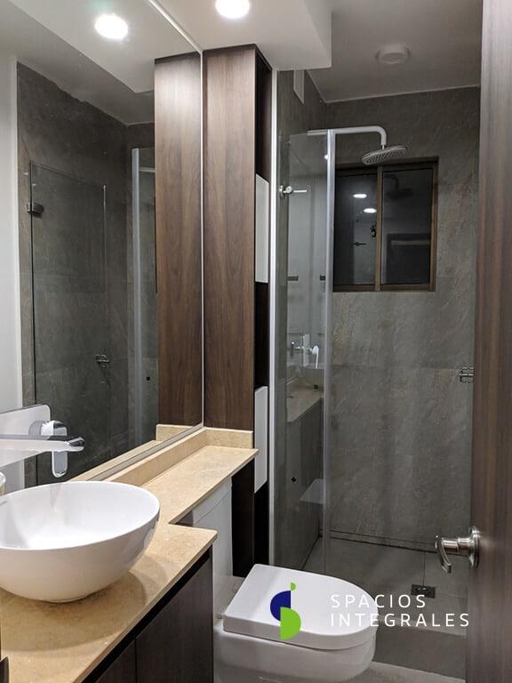 ✅ Mueble de baño de diseño moderno en melamina, con mesón tipo guitarra en mármol y pintura