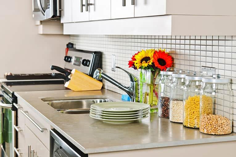 Spacios Integrales - Tips para decorar tu cocina integral y lograr un ambiente agradable